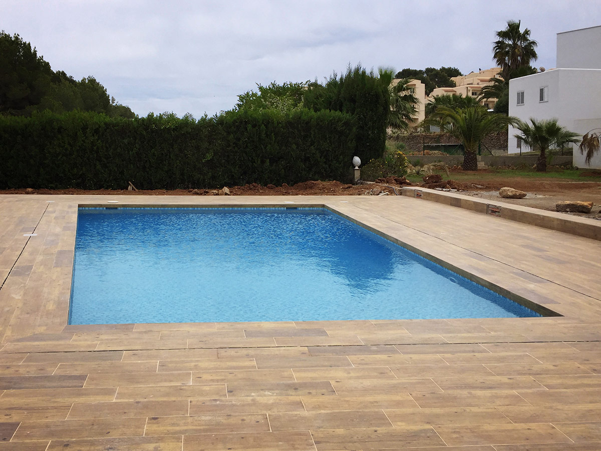 Swimming pool finished in Colomar